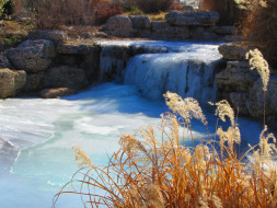wes_waterfall
