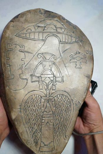 Ancients Depict ETs With Angel Wings And Bringing Gifts